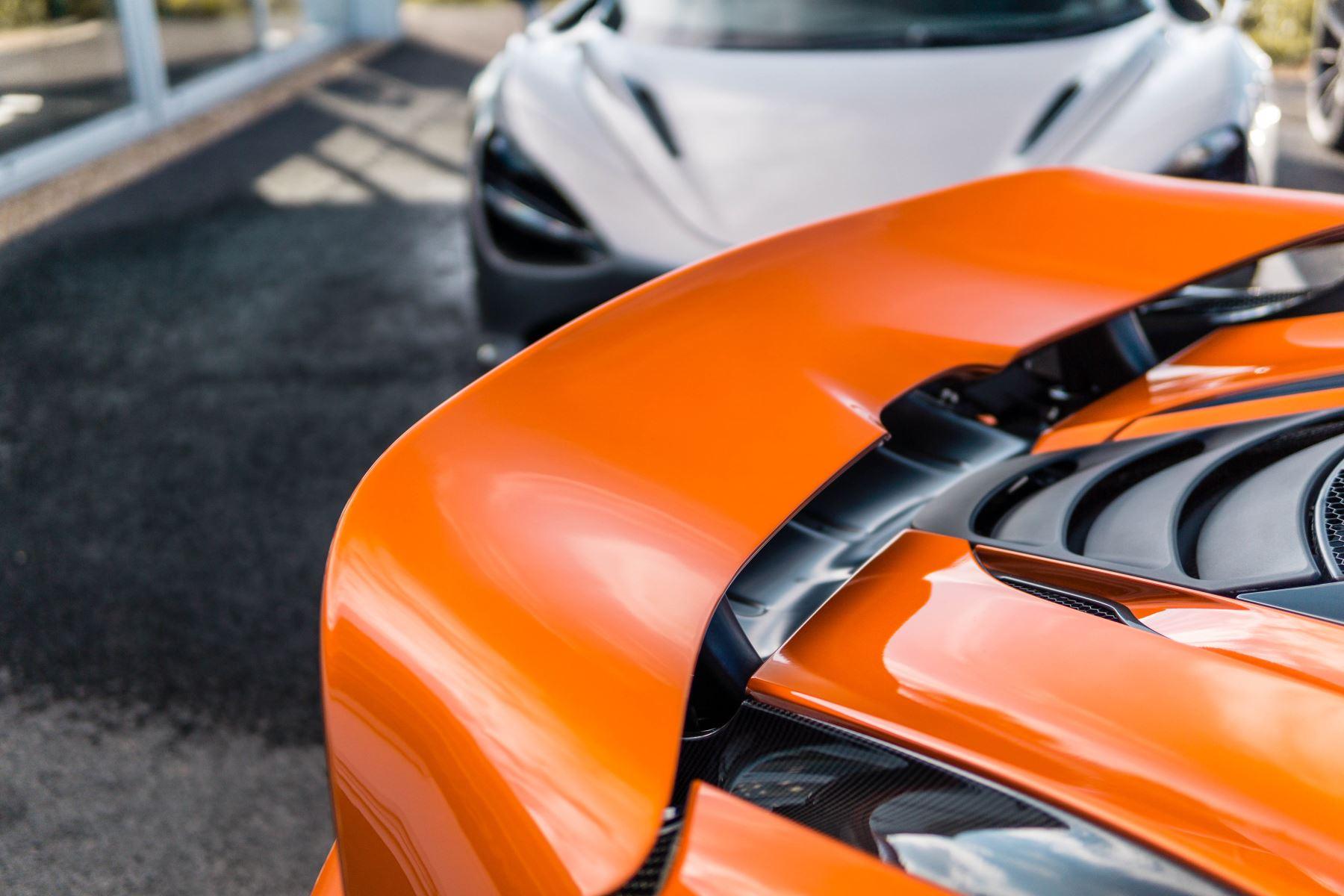 McLaren 720S V8 2dr SSG PERFORMANCE image 15